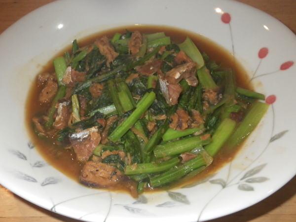 小松菜とさば缶の炒め煮