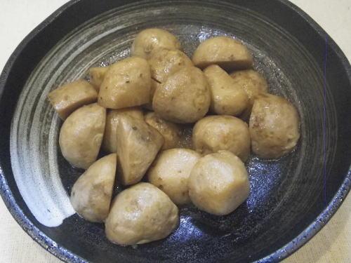 里芋の煮ころがし